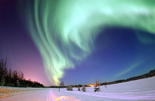 Northern Lights Photo: Image Editor, used under Creative Commons License (By 2.0)