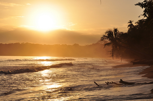 Beach in Cahuita, Costa Rica. Photo: Armando Maynez, used under Creative Commons License (By 2.0)