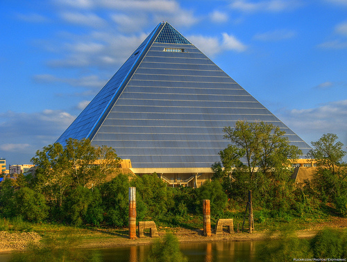 Memphis Pyramid . Photo: Exothermic, used under Creative Commons License (By 2.0)