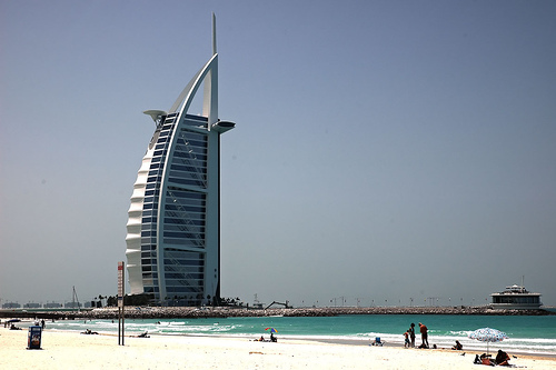 Burj Al Arab - Dubai. Photo: catsper, used under Creative Commons License (By 2.0)