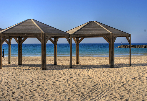 Tel Aviv Beach In the Winter.  Photo: yanivba, used under Creative Commons License (By 2.0)