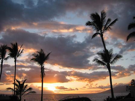 Maui at Sunset. Photo: Earthman, used under Creative Commons License (By 2.0)