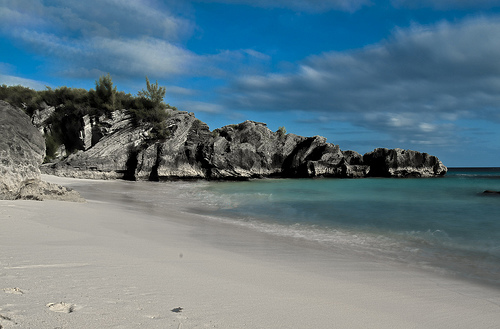 Bermuda Beach. Photo: Frog and Onion, used under Creative Commons License (By 2.0)
