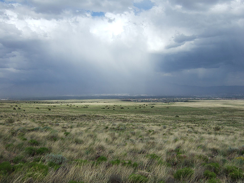 Rain breaks over Albuquerque, New Mexico. Photo: jared, used under Creative Commons License (By 2.0)