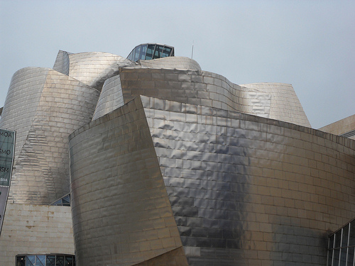 Guggenheim Museum, Bilbao, Spain. Photo: Mari (Mari Giovanni Colli), used under Creative Commons License (By 2.0)