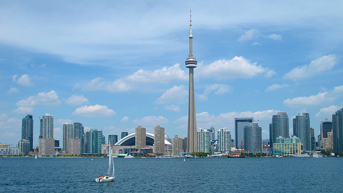 Toronto Skyline -  Photo: eIPadawan, used under Creative Commons License (By 2.0)