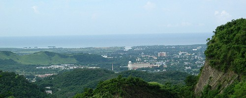 View of Ponce, Puerto Rico from PR-139 - Photo: Roca Ruiz, used under Creative Commons License (By 2.0)