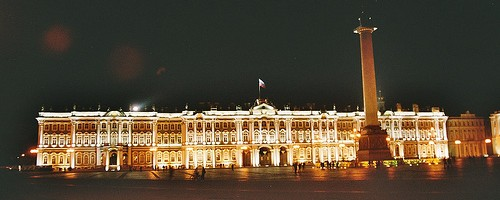Winter Palace at Night, St. Petersburg, Russia - Photo: Arian Zwegers, used under Creative Commons License (By 2.0)