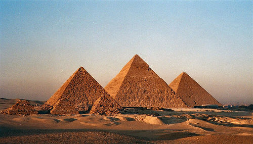 The Pyramids of Giza. Outskirt of Cairo, Egypt - Photo: Bruno Girin, used under Creative Commons License (By 2.0)