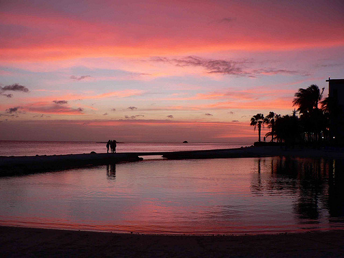 Sunset, Aruba - Photo: David Stanley, used under Creative Commons License (By 2.0)
