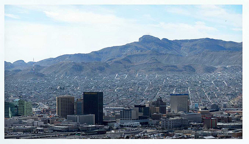 Dowtown, El Paso, Texas - Photo: Paul Garland, used under Creative Commons License (By 2.0)