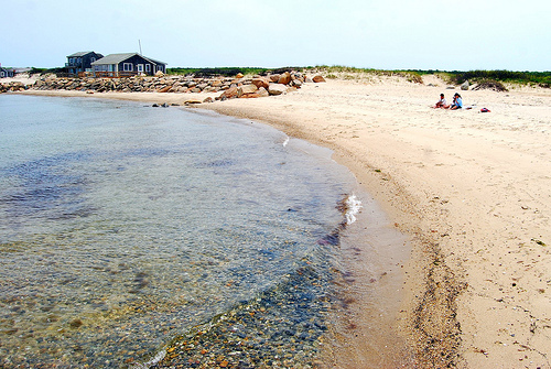 Beach, Martha's Vineyard, Massachusetts - . Photo: Paul Lowry, used under Creative Commons License (By 2.0)