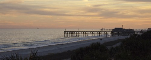 Sunset at 14th Street Pier, Myrtle Beach, South Carolina - Photo: alan2onion, used under Creative Commons License (By 2.0)