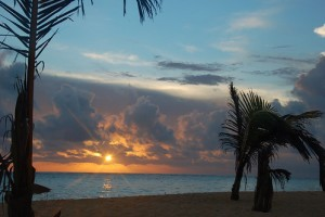Sunrise in Punta Cana, Dominican Republic. Photo: Dave Bezaire & Susi Havens-Bezaire, used under Creative Commons License (By 2.0)