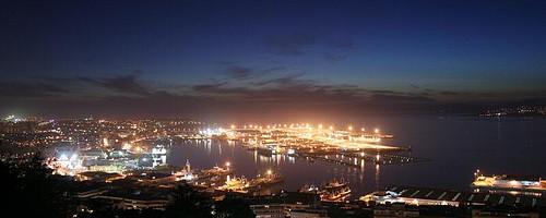 Port, Vigo, Spain. Photo: Contando Estrelas, used under Creative Commons License (By 2.0)