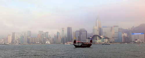 Hong Kong Harbour. Photo: kevinpoh, used under Creative Commons License (By 2.0)