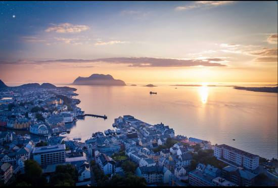 Alesund, Norway. Photo: anieto2k , used under Creative Commons License (By 2.0)