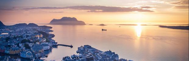 Alesund, Norway. Photo: anieto2k , used under Creative Commons License (By 2.0)