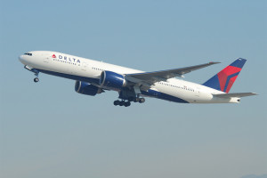 Delta Air Lines Boeing 777-232LR. Photo: Aero Icarus, used under Creative Commons License (By 2.0)