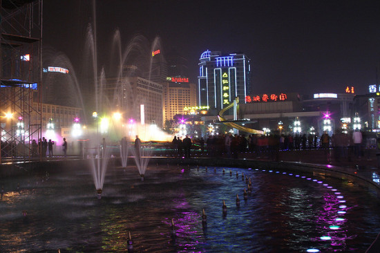 Tianfu Square, Chengdu, China - Photo: George Lu, used under Creative Commons License (By 2.0)