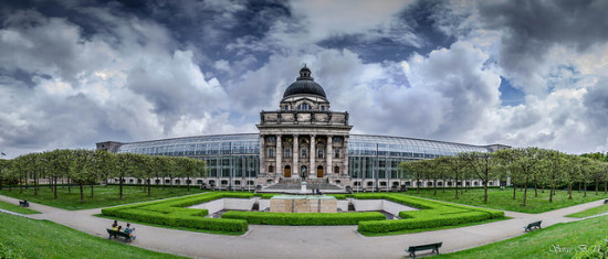 Bavarian State Chancellery, Munich, Germany. Photo: Serge Bystro/flickr, used under Creative Commons License (By 2.0)