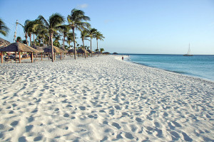 Eagle Beach, Aruba - Photo:  Göran Ingman via Flickr, used under Creative Commons License (By 2.0)
