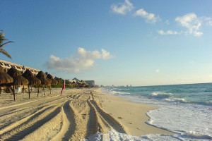 Playa, Cancun, Mexico - Photo: Gabriel Flores Romero via Flickr, used under Creative Commons License (By 2.0)