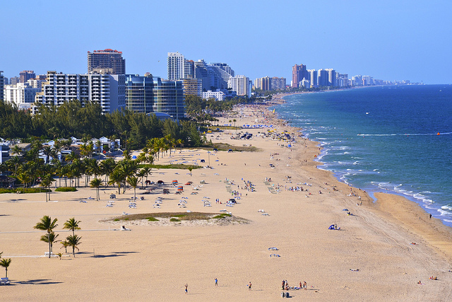 United – $126: Chicago – Fort Lauderdale (and vice versa). Roundtrip, including all Taxes