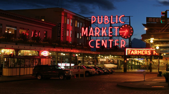 Pike Place Market, Seattle - Photo: michaelrighi via Flickr, used under Creative Commons License (By 2.0)