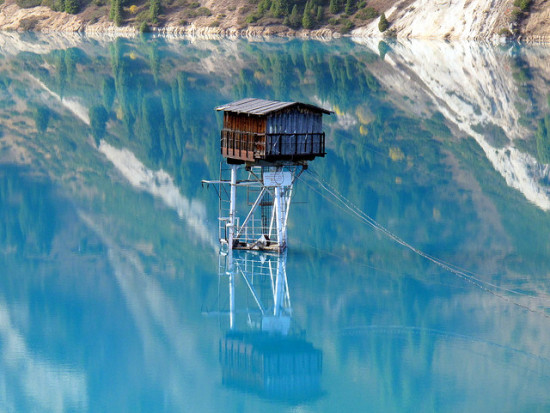 Watchtower, Big Almaty Lake, Almaty, Kazakhstan - Photo: Peretz Partensky via Flickr, used under Creative Commons License (By 2.0)