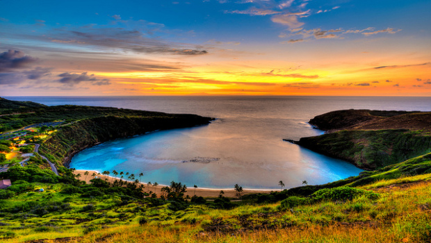 American: Phoenix – Honolulu, Hawaii (and vice versa). $298. Roundtrip, including all Taxes