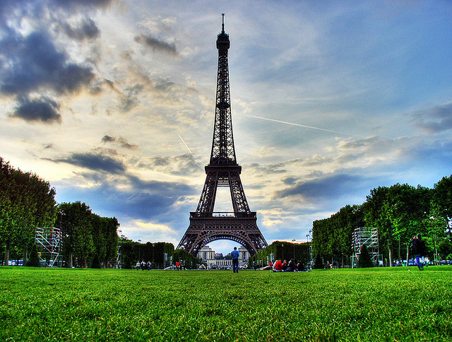 United – $406: Chicago – Paris, France. Roundtrip, including all Taxes