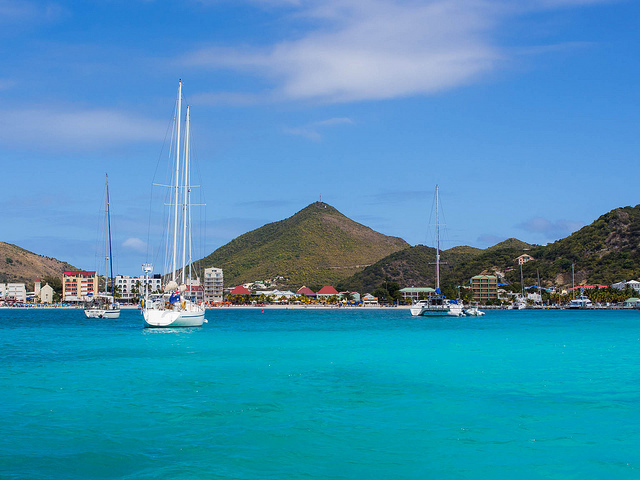 American / Delta – $215: New York – St. Maarten. Roundtrip, including all Taxes
