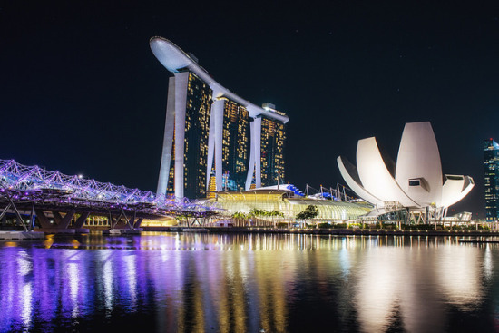 Marina Bay, Singapore - Photo: Leonid Yaitsky via Flickr, used under Creative Commons License (By 2.0)