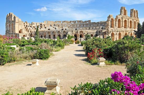 El Djem Amphitheater, Al Jamm, Al Mahdiyah, Tunisia   - Photo: Photo: Dennis Jarvis via Flickr, used under Creative Commons License (By 2.0)