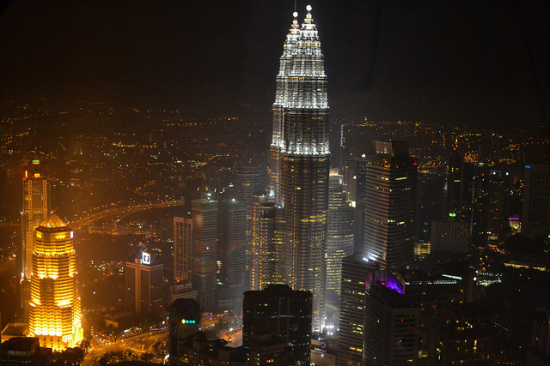 Petronas Towers, Kuala Lumpur, Malaysia - Photo: y.becart via Flickr, used under Creative Commons License (By 2.0)
