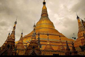 Yangon, Myanmar - Photo: Jose Javier Martin Espartosa via Flickr, used under Creative Commons License (By 2.0)