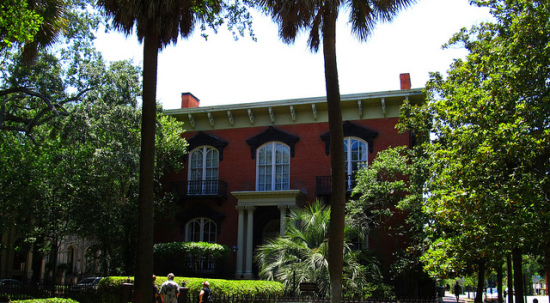 Mercer-Williams House, Monterey Square, Savannah, Georgia - Photo: Ken Lund via Flickr, used under Creative Commons License (By 2.0)