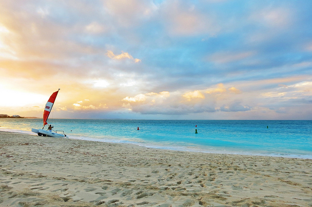 Delta – $319: San Francisco / Cleveland – Providenciales, Turks and Caicos. Roundtrip, including all Taxes