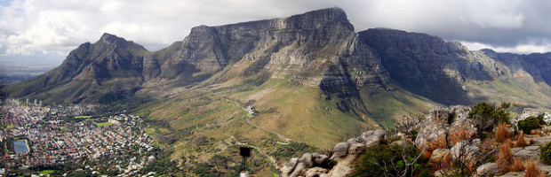 Table Mountain, Cape Town, South Africa - Photo: warrenski via Flickr, used under Creative Commons License (By 2.0)