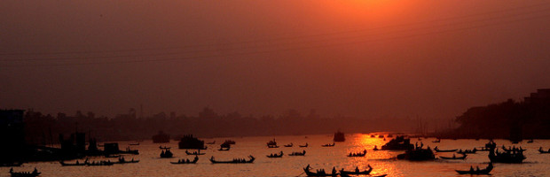 Buriganga River, Dhaka, Bangladesh - Photo: nasir khan via Flickr, used under Creative Commons License (By 2.0)