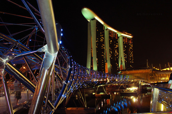 United – $438: Newark – Singapore. Roundtrip, including all Taxes