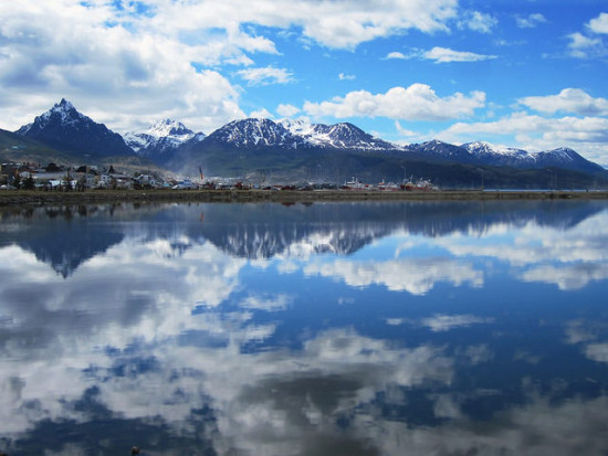 Ushuaia, Argentina - Photo: David Stanley via Flickr, used under Creative Commons License (By 2.0)