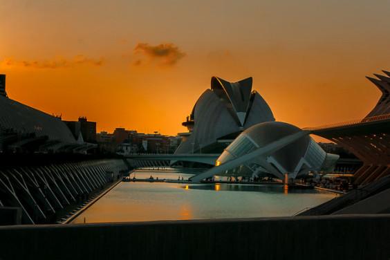 Iberia: San Francisco – Valencia, Spain. $410 (Basic Economy) / $550 (Regular Economy). Roundtrip, including all Taxes
