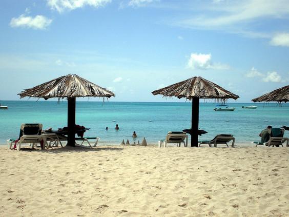 jetBlue: Phoenix – Antigua and Barbuda. $345 (Basic Economy) / $415 (Regular Economy). Roundtrip, including all Taxes