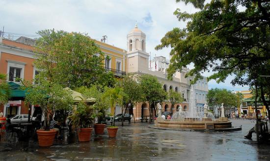 Plaza de Armas, Old San Juan, Puerto Rico, Puerto Rico - Photo: Roger W via Flickr, used under Creative Commons License (By 2.0)
