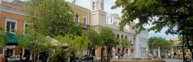 Plaza de Armas, Old San Juan, Puerto Rico, Puerto Rico - Photo: Roger W via Flickr, used under Creative Commons License (By 2.0)