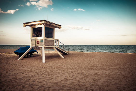 United / jetBlue – $112: Newark – Fort Lauderdale (and vice versa). Roundtrip, including all Taxes