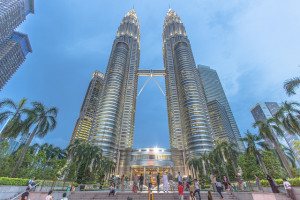 Petronas Towers, Kuala Lumpur, Malaysia - Photo: IQRemix via Flickr, used under Creative Commons License (By 2.0)