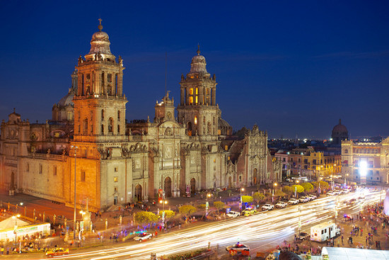 Catedral Metropolitana de la Asunción de María, Mexico City, Mexico - Photo: Jiuguang Wang via Flickr, used under Creative Commons License (By 2.0)
